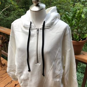 Free People High Road pullover. Small. NWT.